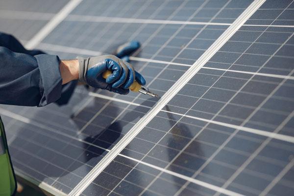 panneaux solaires autoconsommation maintenance Arsilec Rhone Alpes Bourgogne Franche-Comté Lyon 69